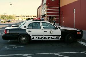 1/24 Police Decals Of Las Vegas Police Enough To Do Two Cars Including Plates.