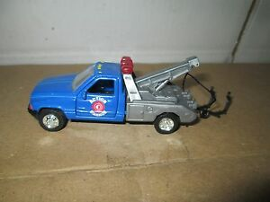Matchbox 1996 dodge 3500  Pick Up Truck 1 ton wrecker action garage