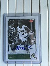2011-12 MAGIC JOHNSON FLEER RETRO AUTO #24 LA LAKERS