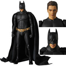 Mafex No. 049 The Dark Knight Batman Begins Suit Action Figure New In Box