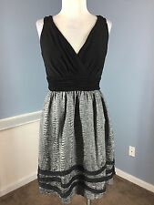 BCBG Max and Cleo Black Silver Fit Flare Cocktail Party Dress Excellent S 6 8