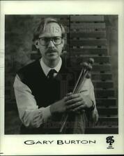 1990 Press Photo Musician Gary Burton - syp15301