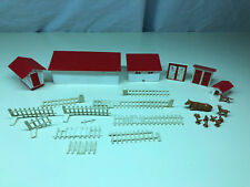 B&B Plasticville USA Toy Farm Display Outhouses Cow Chicken Bird Duck Dog House
