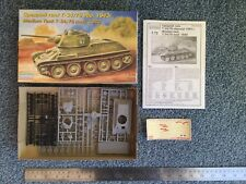 Eastern Express 1:72 Medium Tank T-34 / 76 Mod 1943 kit #72051