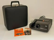 Zeiss Ikon Perkio R2500 AFS Projector Complete with Hard Carry Case and Manuals
