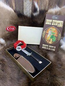 Case XX SS USA 1982 Pakawood Handle P62-4 1/2 Boot Hunter & Sheath Mint Box A1