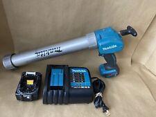 Makita Xgc01 18V Cordless Caulk and Adhesive Gun with Battery and Charger