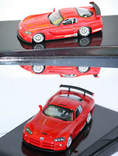 AutoArt Dodge Viper Coupe Competition 2004 rouge 1/43 60420