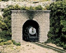 Woodland Scenics HO Scale Tunnel Cut Stone Single Portal C1253
