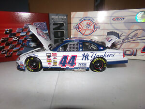 1/24 CHRISTIAN FITTIPALDI #44 NY YANKEES 100TH  2003 ACTION NASCAR DIECAST