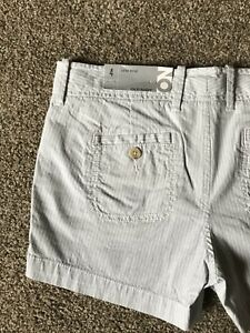 """Old Navy Women's Low Rise 3"""" Shorts, Blue Stripe, Size 4, NWT, Retail $19.50"""