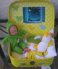 Götz Mini Muffin Puppe 20 cm grün+ Koffer+ Bettzeug Babypuppe Doll suitcase