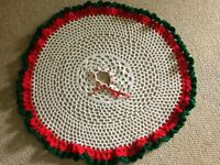 Beautiful Vintage Hand Crocheted Tree Skirt Red/White and Green