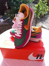 Brand New nike ld waffle sacai forest green and pink rare colour size UK 10