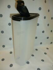 New listing Tupperware Modular Mates Oval #5 with Black Seal Pantry Storage 11 1/2 Cups New