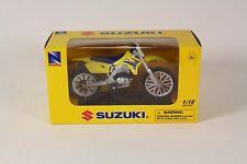 NewRay NR0525C Suzuki RM-Z450/2007, 1:18 Scale
