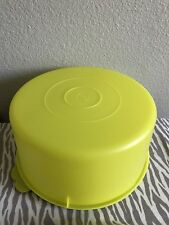 Tupperware Vintage Cake Carrier / Food Storage Container 42 Cups Neon Yellow New