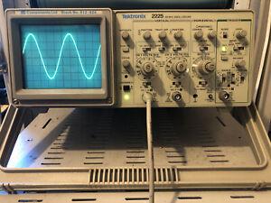 Tektronix Analogue Oscilloscope 2225 50MHz 2 Channel