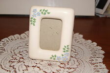 Vintage.Ceramic.Very Pretty.Avon 1984.Desk Picture Frame