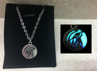 Howling WOLF Moon GLOW in the DARK Blue Purple Round Charm Pendant Necklace