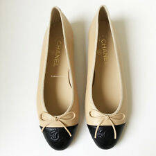 NIB CHANEL CLASSIC  BEIGE BLACK CAP TOE LEATHER BALLET FLATS 39 8