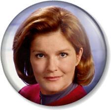 "Captain Kathryn Janeway Star Trek Voyager 1"" 25mm Pin Button Badge TV Sci-Fi Fun"