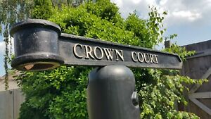"""Vintage London Signpost Cast Metal Direction Sign CROWN COURT Size 38""""x3.5""""x1"""""""