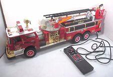 Vtg. 1988 New Bright No. 55 Volunteer Combat Fire Truck Engine / Ladder & Remote