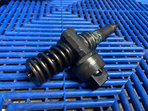 VW Passat B6 1.9 BXE 06-11 Diesel Fuel Injector 038130073AG Bosch 0414720215