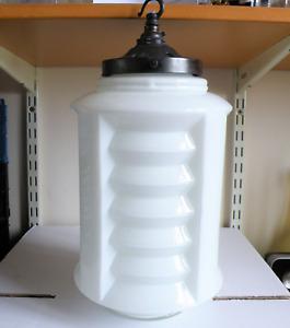 A GOOD LARGE ART DECO OPAL GLASS HANGING CEILING LIGHT