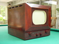 "Vintage 1940's Motorola Model VT-107 Table Top 10"" TV"