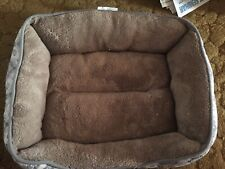 Dog/Cat Bed Cushioned Fluffy Puppy Small Pet