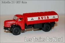 Camion Berliet type GLR8 citerne AVIA éch HO 1/87 éme BREKINA SAI 2617