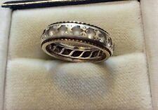 Lovely Ladies Early Vintage Solid 9 Carat Yellow & White Gold Eternity Band Ring