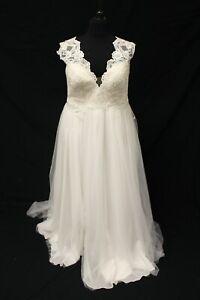 Studio Levana Couture Jess Bridal Wedding Gown Dress sz 22