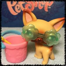 Littlest Pet Shop #1 Original Chihuahua Dog Brown & Purple Eyes Accessories (2)
