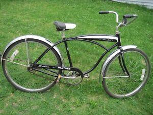 """VINTAGE MID 60S  SCHWINN PANTHOR 26"""" TANK CRUSIER BICYCLE"""