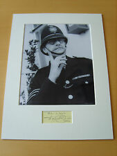 Dereck Guyler Genuine Autograph - UACC / AFTAL.