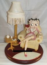 Extremely Rare! Betty Boop Sitting on Chair in Living Room Figurine Lamp Statue