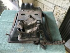 RARE Vintage Antique Williams Chain Pipe Vise NYE Tool Works Cast Iron Base