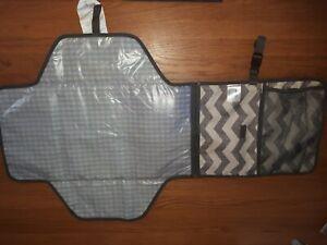 Skip Hop Pronto Baby Nappy Changing Station Bag + mat + several pockets.  Grey