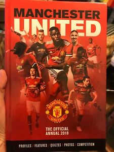 MANCHESTER UNITED OFFICIAL FOOTBALL ANNUAL 2018 Hardback Mint Condition MUFC Red