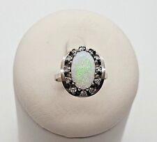 Ring mit Opal  u. Brillanten 0,12 ct. 14 K/585er Weissgold Gr. 51 TOP