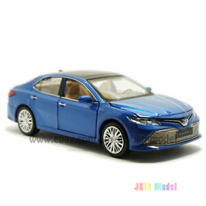 1:34 Toyota Camry 2019 Model Car Diecast Toy Vehicle Collection Kids Gift Blue