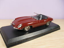 BEST 9028A2 Jaguar E Spider guida a dx 1/43.