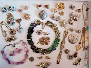 AWESOME Vintage Mod Jewelry LOT Trifari Emmons Kramer Avon+