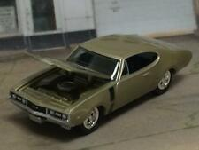 1968 68 Oldsmobile Cutlass 442 V8 Muscle Car 1/64 Scale Limited Edition S13