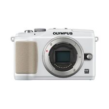 Near Mint! Olympus E-PL2 12.3MP Body White - 1 year warranty