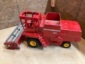 As found Vintage Massey Ferguson 760 farm toy combine MF AGCO Ertl