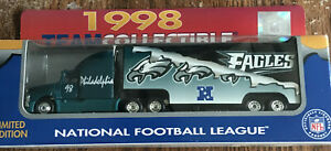 Philadelphia Eagles 1998 NFL 1/87 Diecast Collectible Limited Edition Tractor Tr